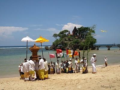 5 Pantai di Malang Yang Belum Terjamah, Bisa Buat Snorkeling & Ada Penginapannya Dekat Dengan Surabaya